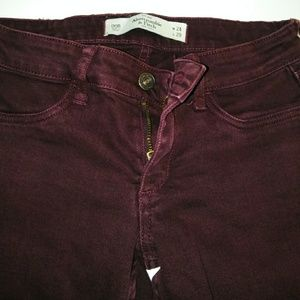 Abercrombie and Fitch burgandy skinny jeans